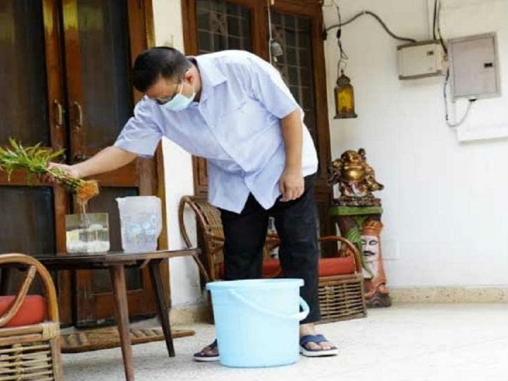 डेंगू रोकने के लिए दिल्ली के लोग मुहिम का हिस्सा बने, घर में रहकर रुके हुए पानी की सफाई की 14