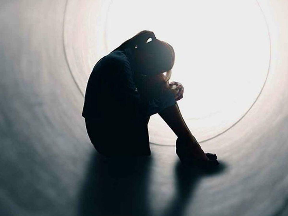 आत्महत्या का प्रयास: सोशल मीडिया पर लाइव होकर स्कूल में गेस्ट टीचर ने की खुदकुशी की कोशिश 2